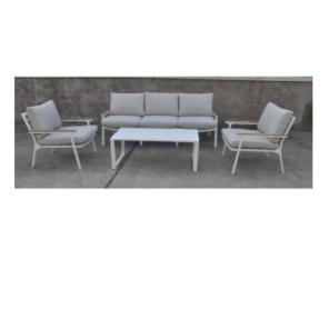 סט גינה אמיגו  דגם תלת מושבים מבית H.KLEIN