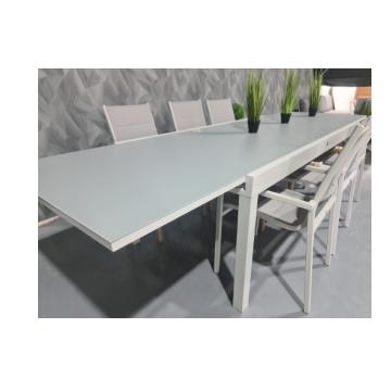 """שולחן +6 כסאות """"לנד"""" 200/100 ס""""מ נפתח ל320 ס""""מ צבע אפור בהיר וזכוכית אפורה מבית H.KLEIN"""