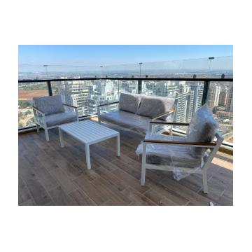 פינת ישיבה למרפסת מאלומיניום דגם PRAGUE אפור כהה מבית H.KLEIN