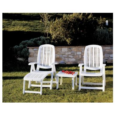 כסא נוח לגינה עם הדום לרגליים יהלום